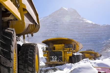 Minera de los Luksic explora opciones en hidrógeno y busca alejarse del diésel