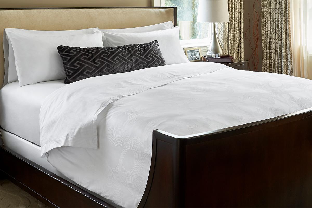 Buy Luxury Hotel Bedding From JW Marriott Hotels Geo Bed Amp Bedding Set