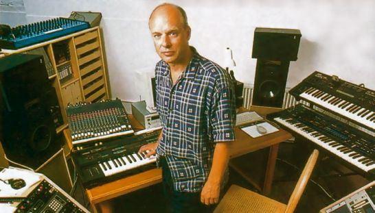 brian-eno-synthesizer