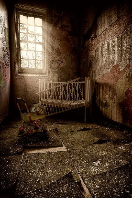 036-abandoned-buildings-matthias-haker