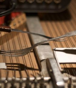 Tinker, Tamper, Strings and Dampers: the Prepared Pianos of HAUSCHKA and John Cage