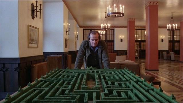 shining-kubrick-nicholson-labyrinth