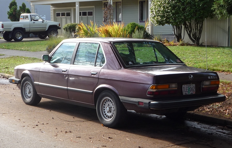 Curbside Classic 1984 Bmw 528e The Low Rev Modest Driving Machine