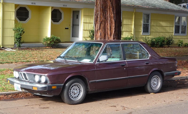 curbside classic 1984 bmw 528e the low rev modest driving machine rh curbsideclassic com BMW 528I BMW 528I
