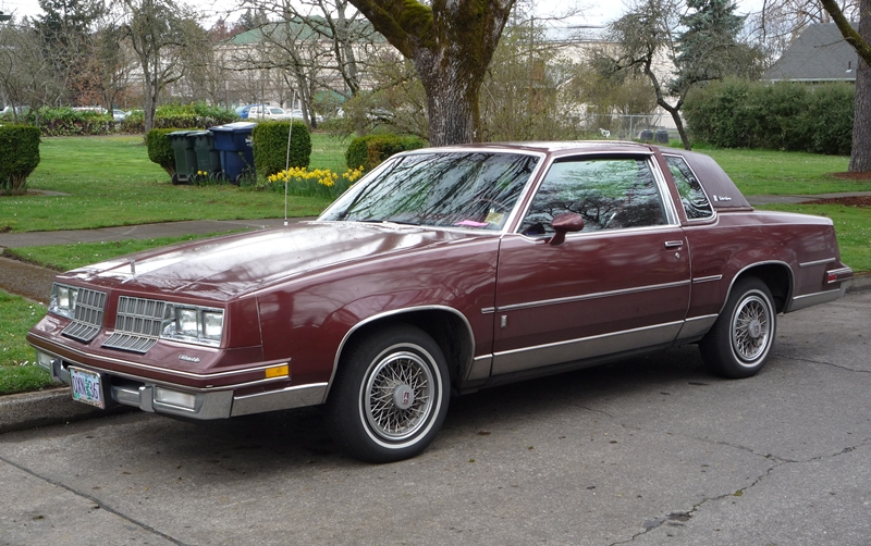 ccccc part 12 1982 cutlass supreme brougham coupe a classic death curbside classic 1982 cutlass supreme brougham coupe