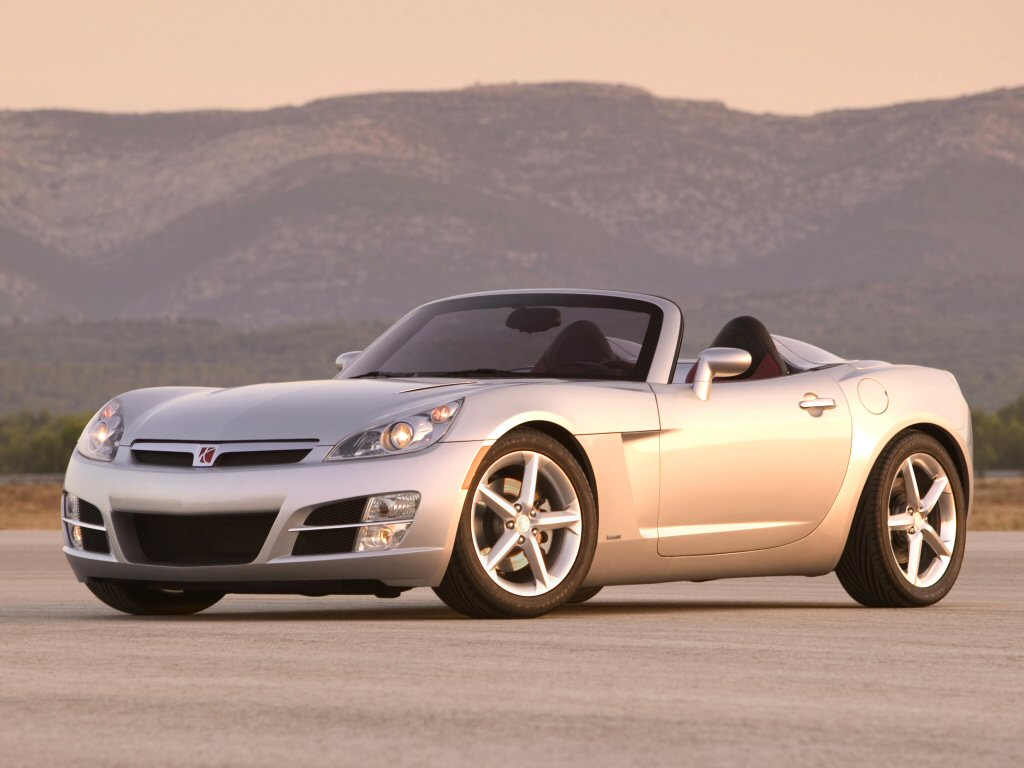 There Would Be A Flicker Of Excitement When The Company Trotted Out The Sky  Roadster In Early 2006, But The Car Was Another Badge Job (shared With  Pontiacu0027s ...