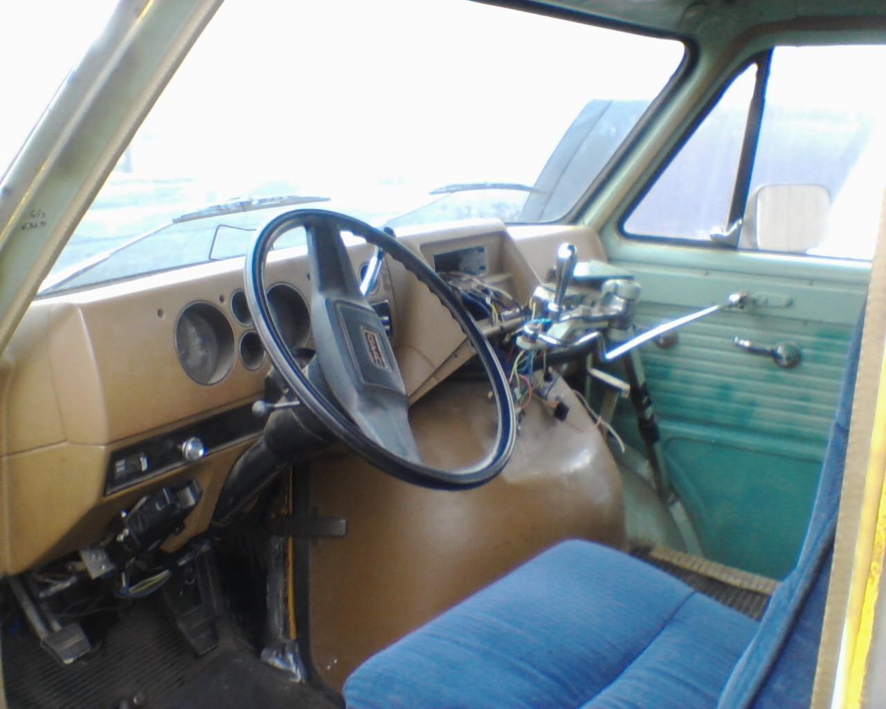 CC Outtake 1980 Dana V Drive 4WD GMC School Van A Rarity Indeed