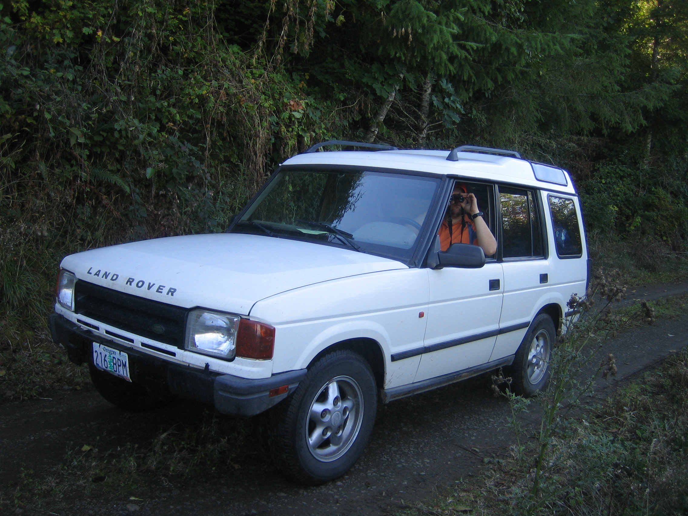 Cars of a Lifetime: 1995 Land Rover Discovery – The Best Four by Four by  How Far?