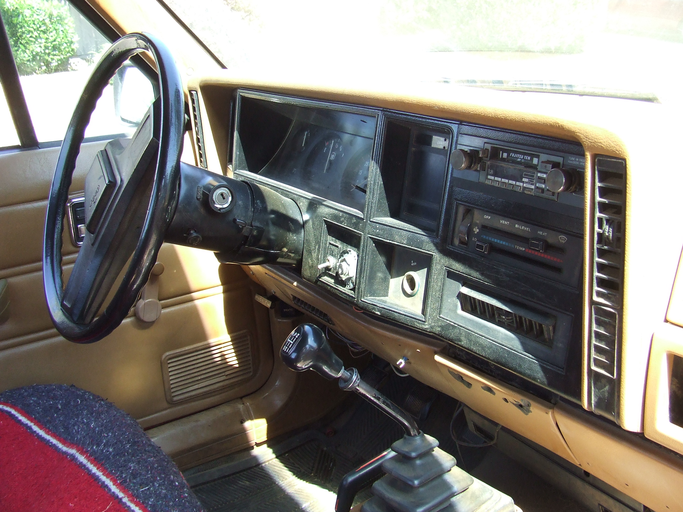 Cars Of A Lifetime: 1986 Jeep Comanche 4×4 – Old Soapy
