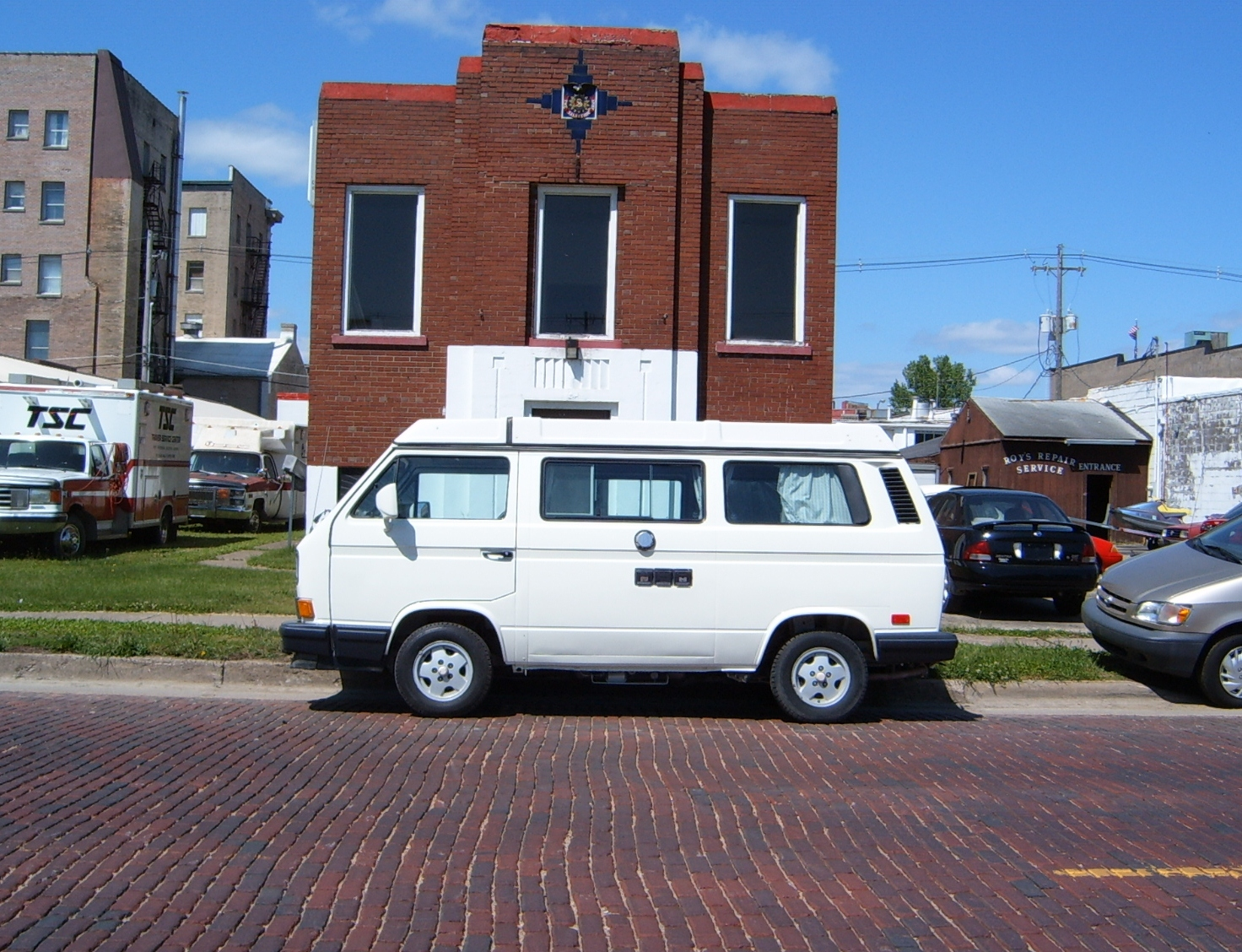 Volkswagen bus vanagon take a look volkswagon new interior run and - Curbside Classic 1990 Volkswagen Vanagon Westfalia Slow Expensive And Loved The World Over