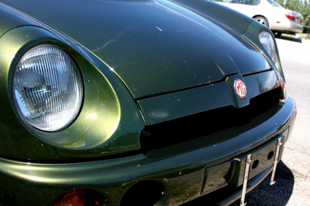 Curbside Classic: MG R V8 - The Ultimate Classic MG?