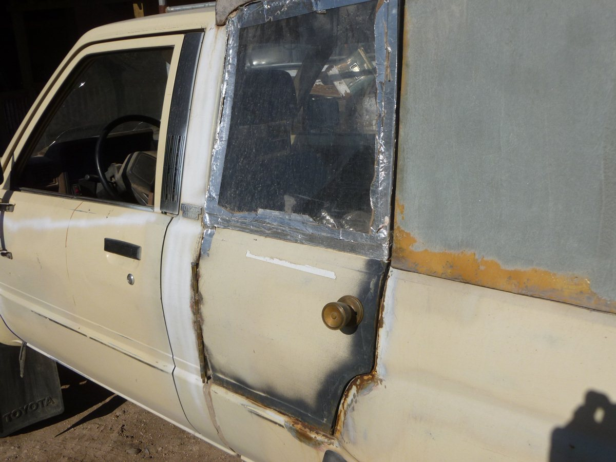 CC Outtake: 1984 Toyota Pickup – Homemade Double Cab With