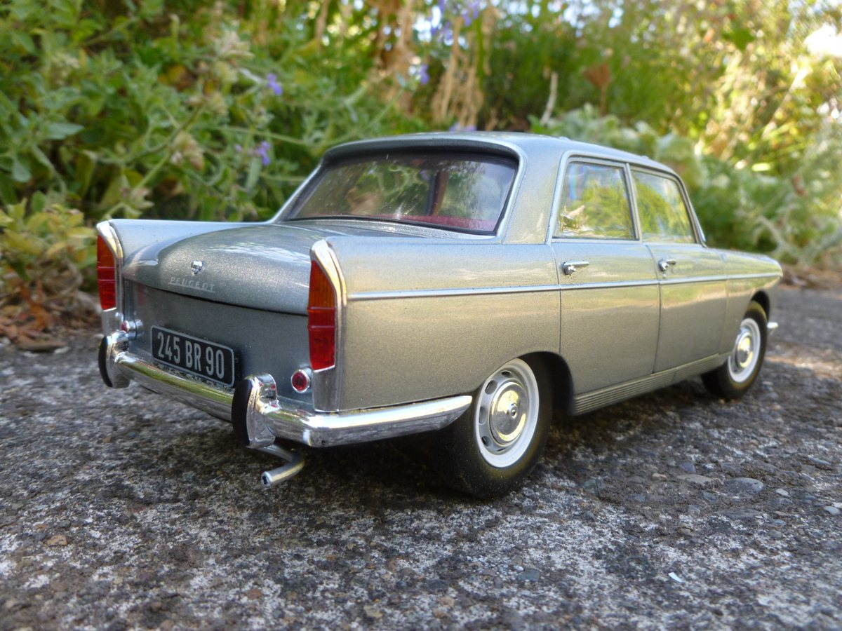 my new curbside classic 1965 peugeot 404 the holy grail is in rh curbsideclassic com Peugeot 504 manual taller peugeot 404
