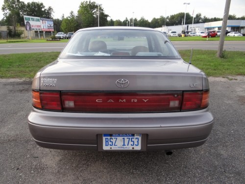 curbside classic 1992 96 toyota camry the greatest camry of all time curbside classic curbside classic 1992 96 toyota camry
