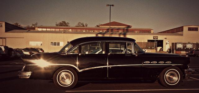 curbside classic 1956 buick roadmaster sedan the big boola boola. Black Bedroom Furniture Sets. Home Design Ideas