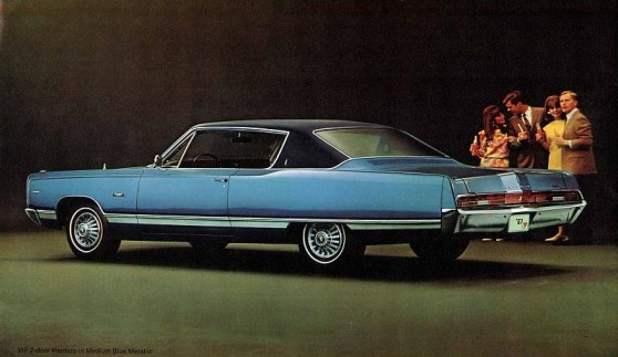 1967 Plymouth Fury-04-05