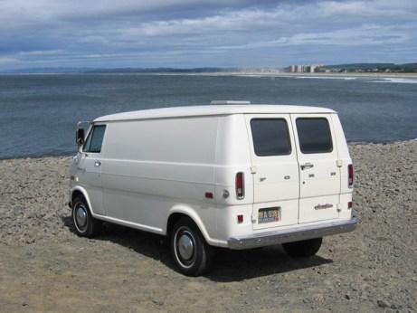 Ford Economline 1971 beach