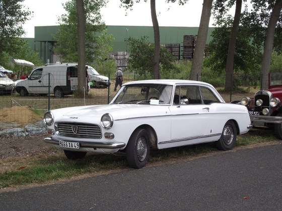 Peugeot 404 coupe fq