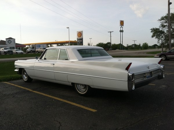 1963_62series_cadillac_2door_coupe01