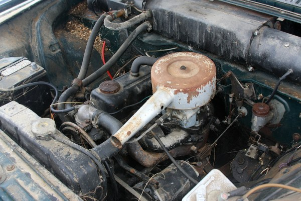 1966 Vauxhall Victor 101 Super engine