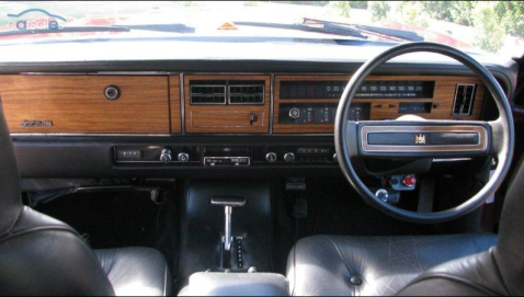 Ford AUS LTD P6 dash