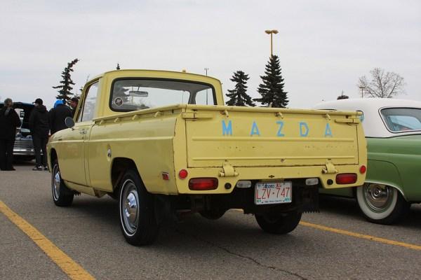 1975 Mazda B1800 pickup truck rear