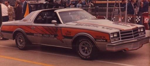 1976BuickCenturyPaceCar03
