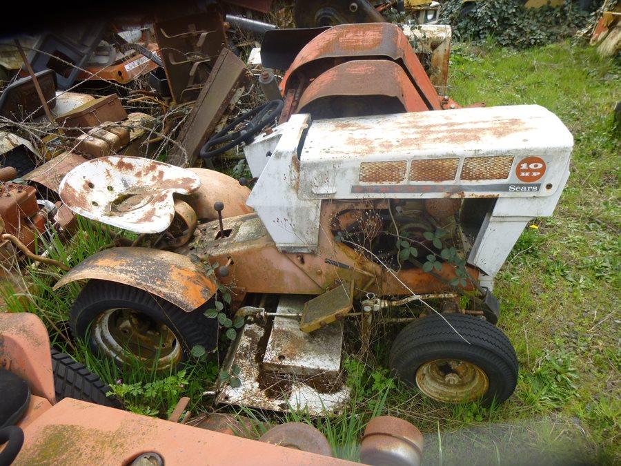 Lawnside Classics Burt S Vintage And Used Riding Mower