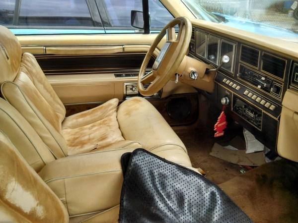 1983LincContMarkVI01