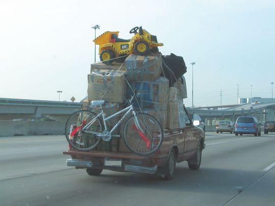 Datsun pickup overloaded 02