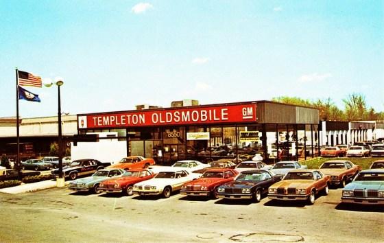 Olds dealer 1977