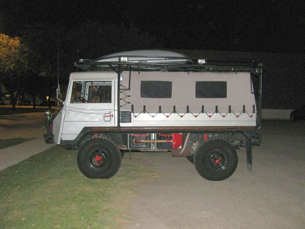 Pinzgauer 05 side night
