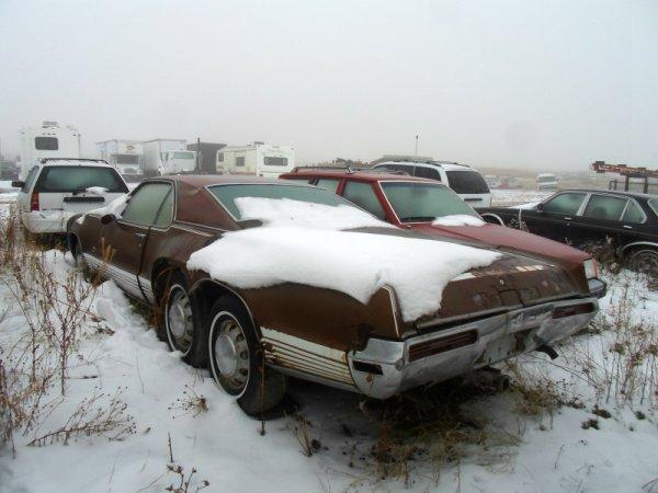 Oldsmobile Toronado Custom rear