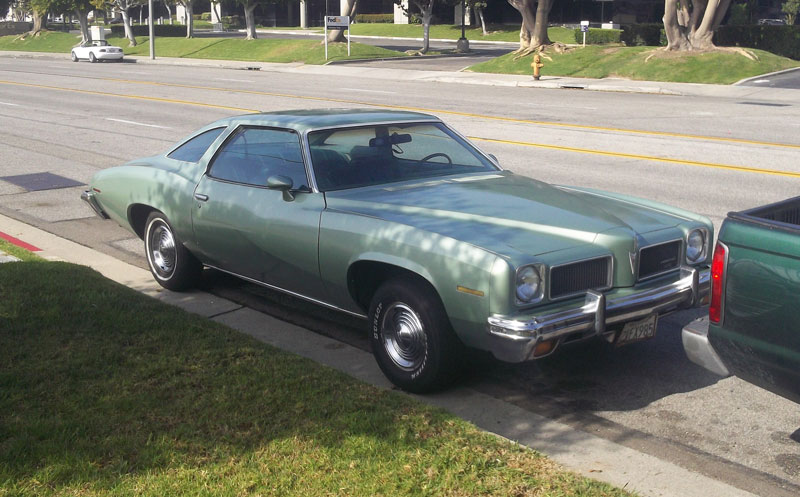 Curbside Classic 1973 Pontiac LeMans Coupe A Strong Start to a
