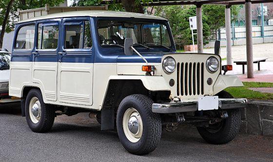 Mitsubishi_Jeep_J-37_003