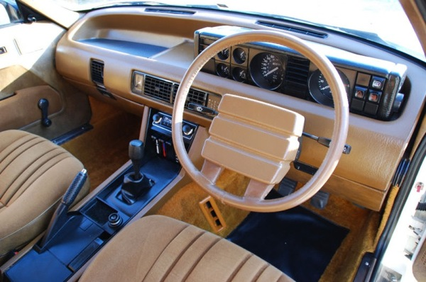 car show classic 1985 rover 3500 sd1 the best of british the worst of british. Black Bedroom Furniture Sets. Home Design Ideas
