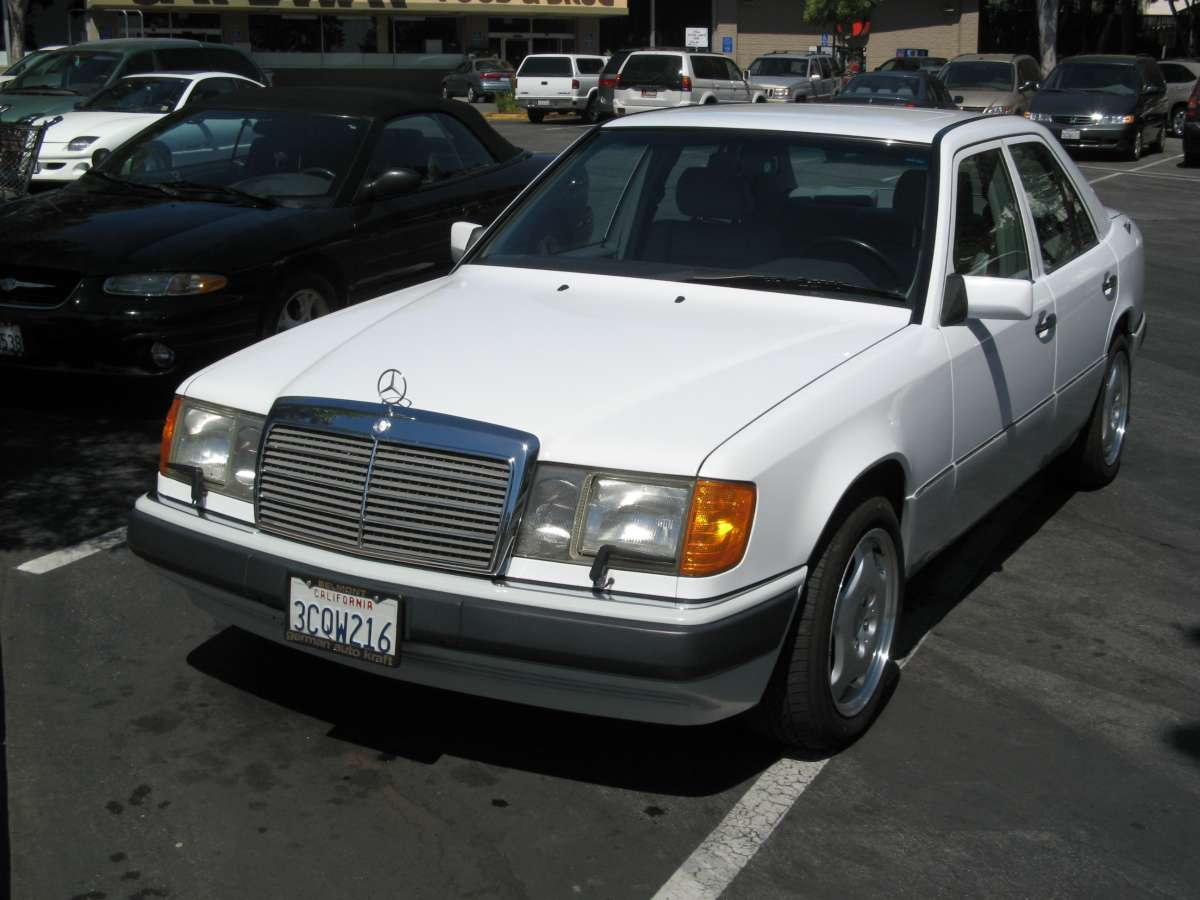 Coal 1992 Mercedes Benz 400e The Sleeper W124 Wiring Harness Issue