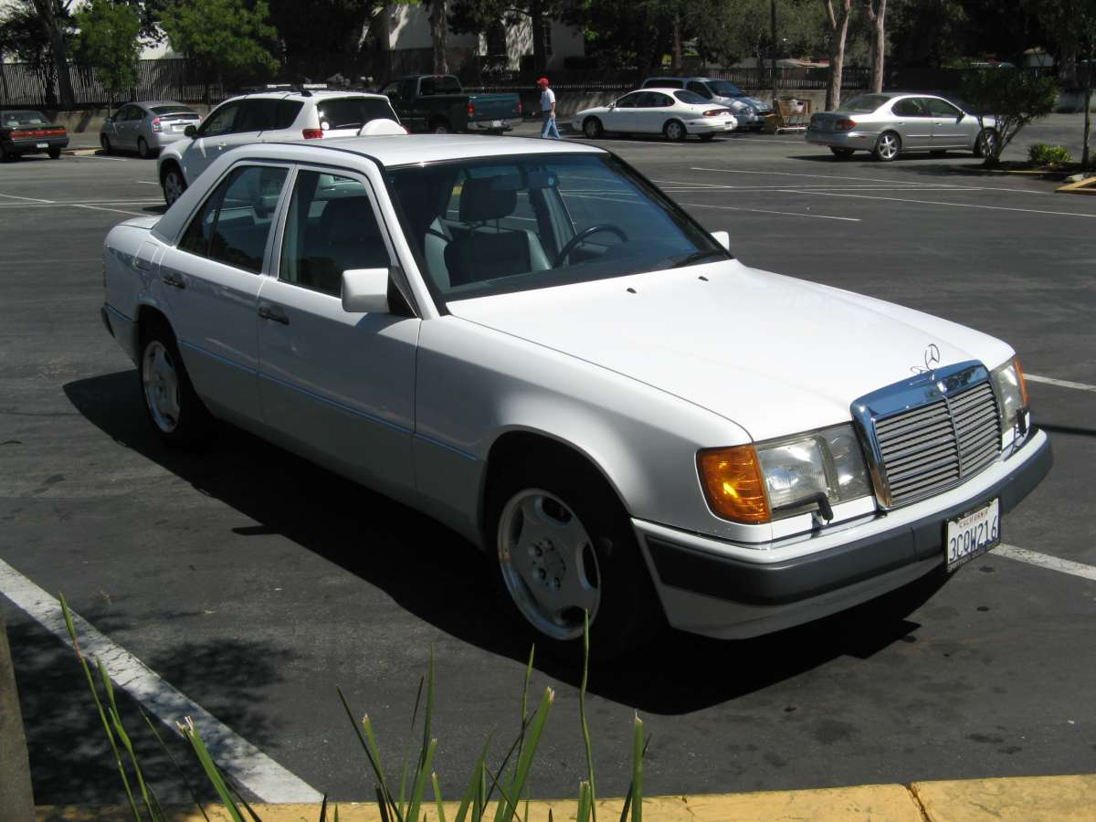 Coal 1992 Mercedes Benz 400e The Sleeper 1994 Mercedesbenz E420 Engine Wiring Harness Genuine I Also Replaced Standard 15 Rims And Tires For A Set Of 16 Pseudo Amg From Newer Model E Class At Time Really Liked Look