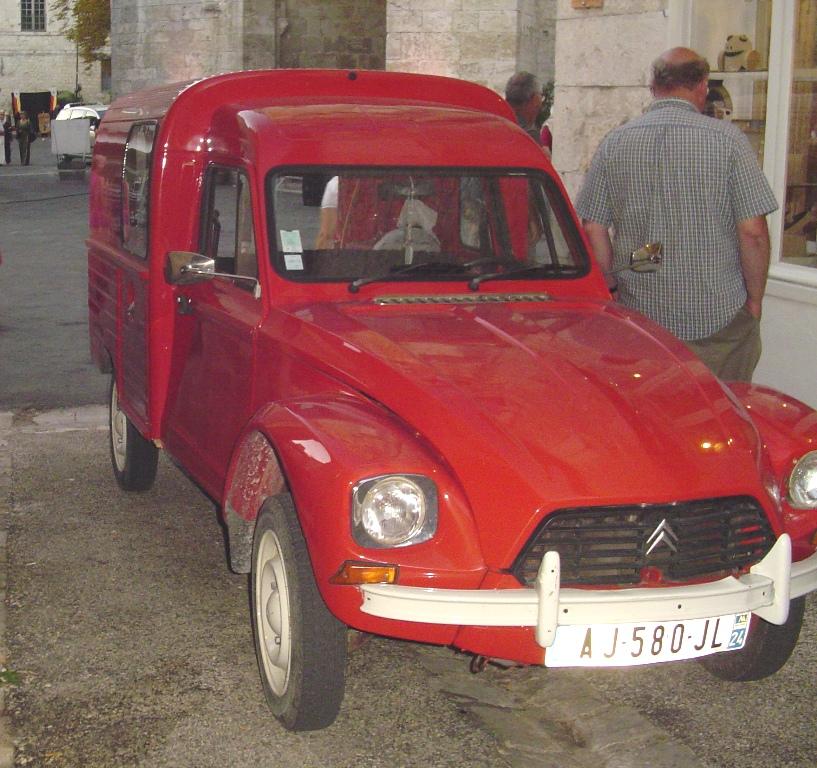06802f4d57 CC Outtake  Citroen Acadiane – A Van for All Seasons