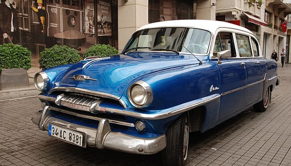 10 Vintage Car Dolmus Tour Blue Plymouth