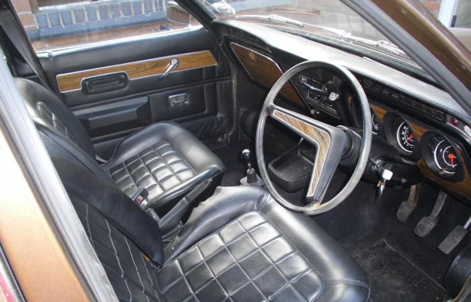 Carshow Classic 1975 Ford Cortina 1600xl The Swiss Army
