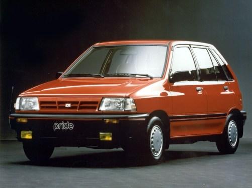 1987_Kia_Pride_5-door_001_7494