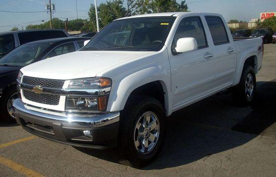 800px-'09_Chevrolet_Colorado_Z71_Crew_Cab