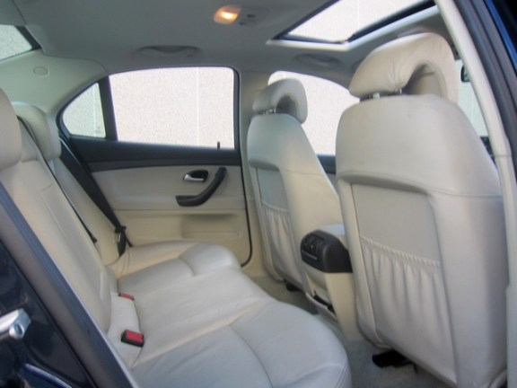 Saab93backseat1