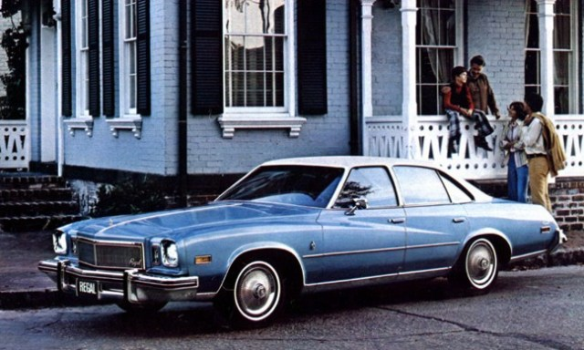 buick_century_regal_hardtop_sedan_blue_1975