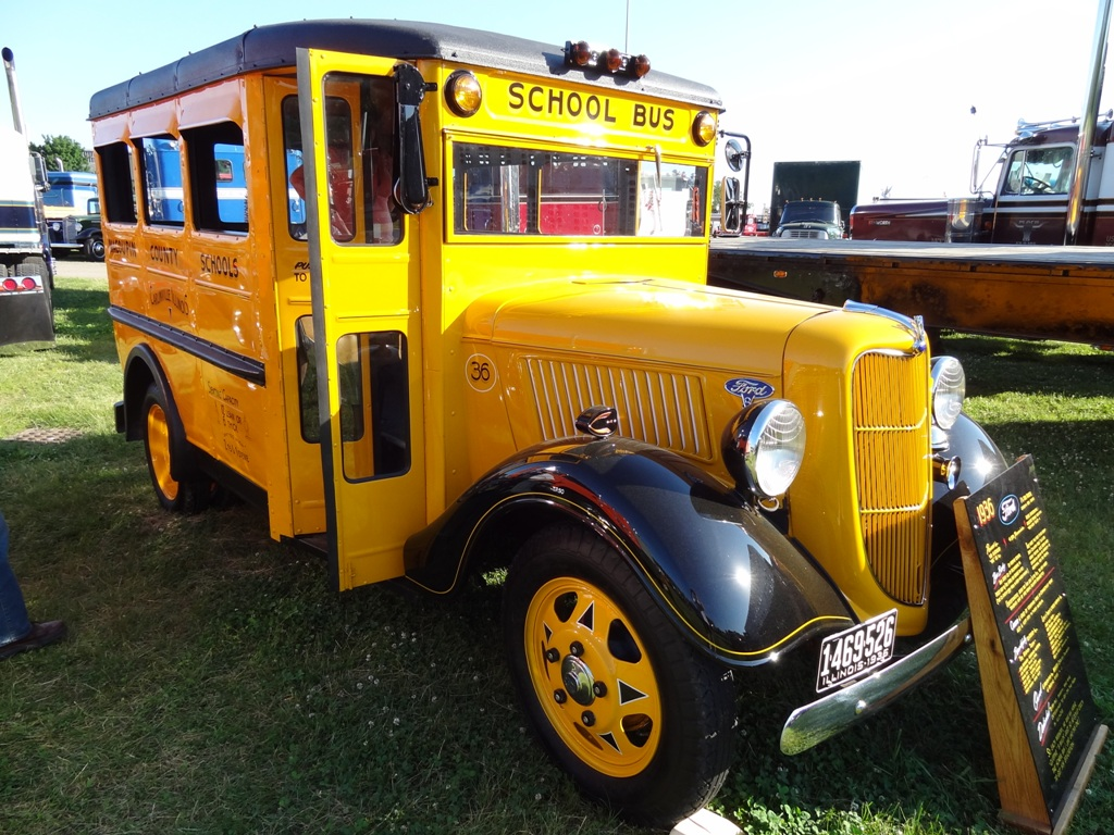 Back 40 Classic: 1935/6 Ford 1.5 ton School Bus