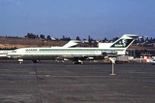 Ozark Airlines 727-200