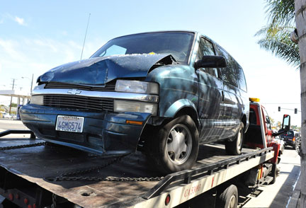 1dd61c4c9829 COAL  2001 Chevy Astro – Hold On Tight!