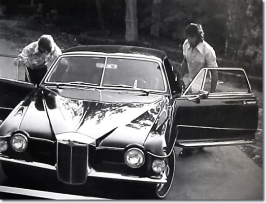 197_stutz_blackhawk_elvis