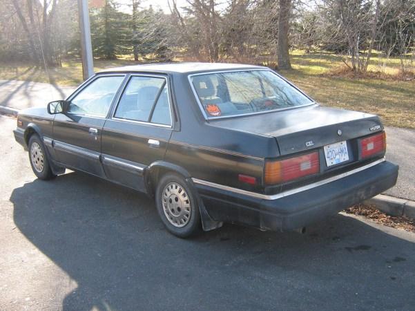 1987 Hyundai Stellar 2.0 rear